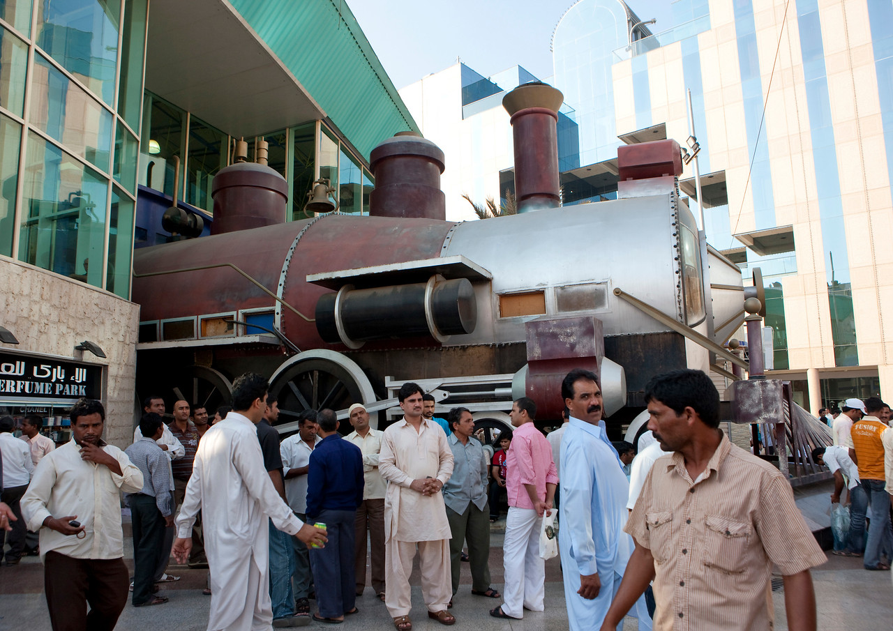 Saudi Arabia, Mecca Region, Jeddah, Steam Train Decoration In Front Of A Mall