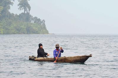 Danau Gunung Tujuh fisherman