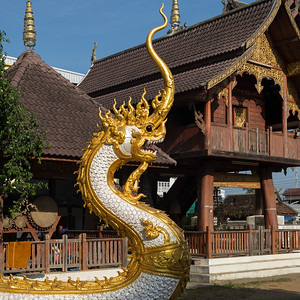 Dragon statue at temple, Chiang Rai, Thailand