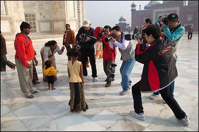 Taj Mahal in Agra, India. Maciej Dakowicz
