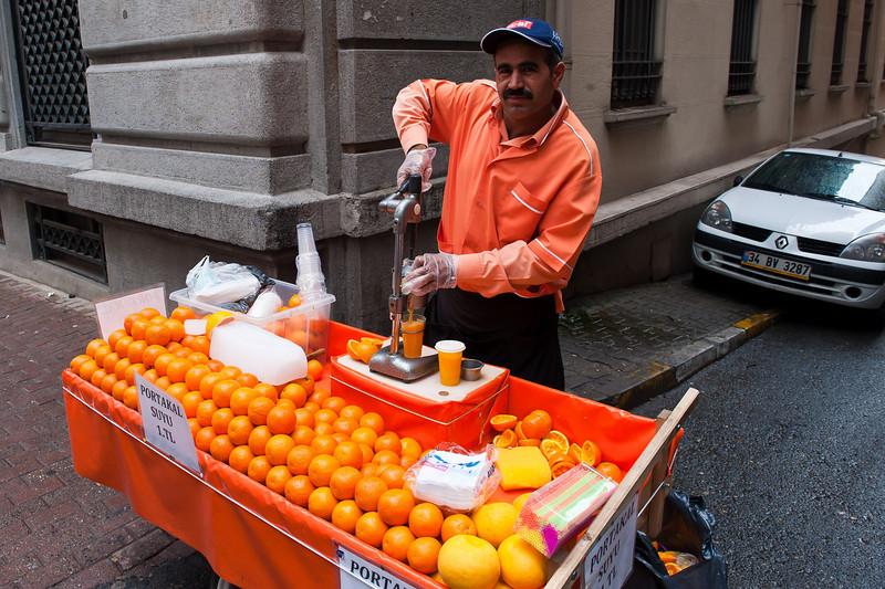 OJ Vendor - Fresh and Delicious!