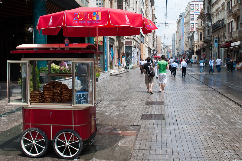 Simit on Istiklal Caddesi- Independence  Street, New District