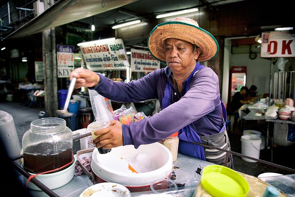 Selling sweetness, Bangkok.  2015.