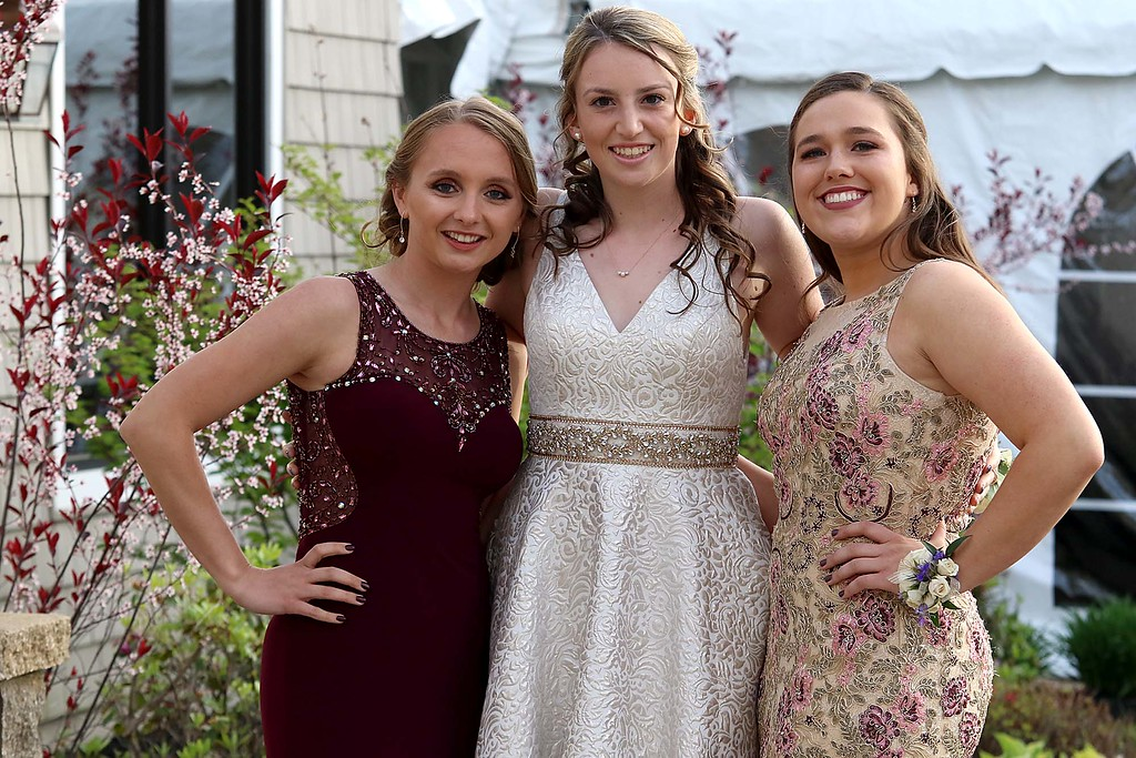 . Ayer Shirley Regional High School Prom was held a the Colonial Hotel in Gardner on Friday night, May 18, 2018. posing for some pictures is Molly Cadogan, Syndey Greeno and Arianna Cambridge. SENTINEL & ENTERPRISE/JOHN LOVE