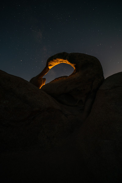 MOBIUS ARCH UNDER THE MILKY WAY | ALABAMA HILLS⁠