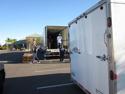 San Diego Armed Services YMCA Hosts the Americans Feeding Americans Event with Feed The Children