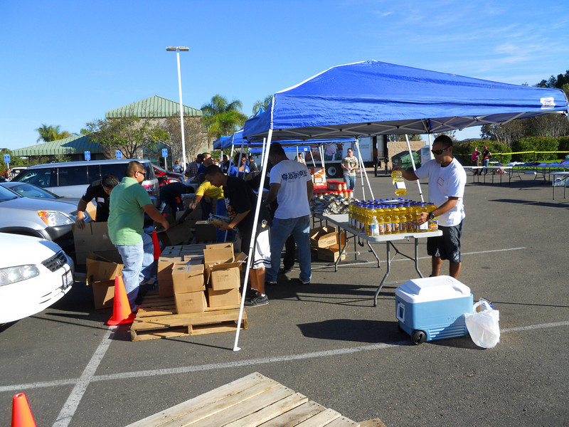 San Diego Armed Services YMCA's Neighborhood Exchange with the San Diego Food Bank 10.28.2010