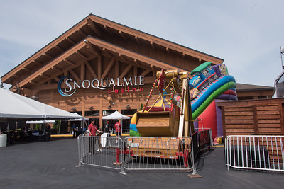 Welcome to The World's Fair with the Snoqualmie Casino 2017 Family Picnic! Corporate Event Photography by AShapiro Studios