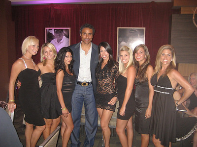 ATeam Hostesses with retired LA Laker Rick Fox