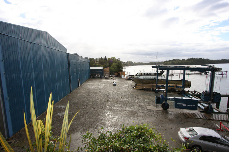 Alwoplast's ideal location on the Valdivia River