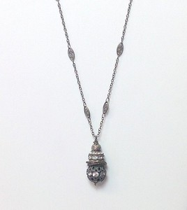 "7-RS-36CHN CO47 AGED RHINESTONE PENDANT ON 36"" GUNMETAL FILIGREE CHAIN"
