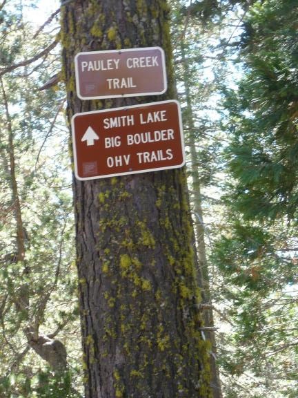 Pauley Creek trail signs near where the Big Boulder and Smith Creek trails join it.