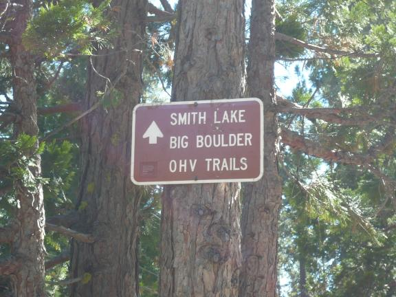 Signs at junction between Pauley Creek trail and the Big Boulder and Smith Creek trails.