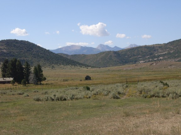 Scenery along Paiute Trail 15.