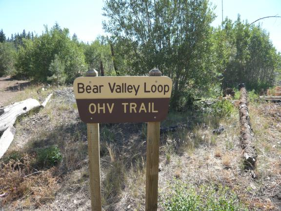 BearValleyLoopSign