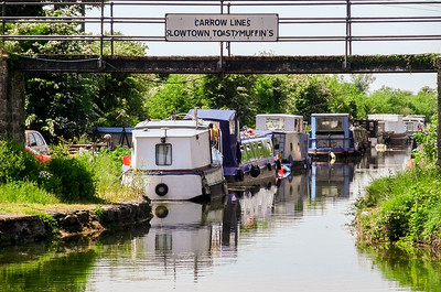 The start of the Barrow Way, where the Barrow Line leaves the main Grand Canal