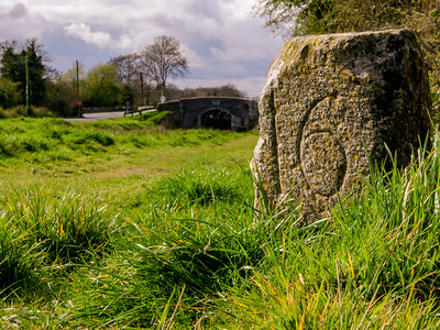 Milestone at Digby Bridge