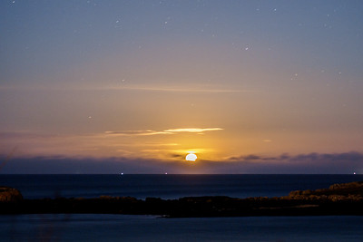 Moonrise over Dalkey Island, from Dillon's Park