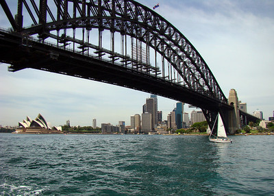 HARBOR BRIDGE - SYDNEY