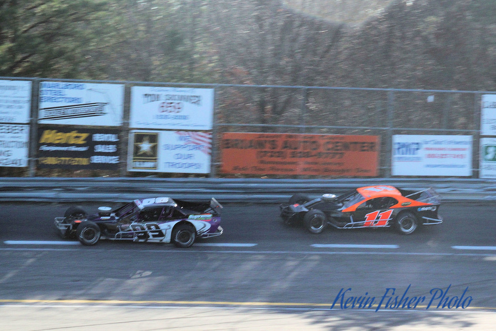 b) Tour Modifieds - Feature   041