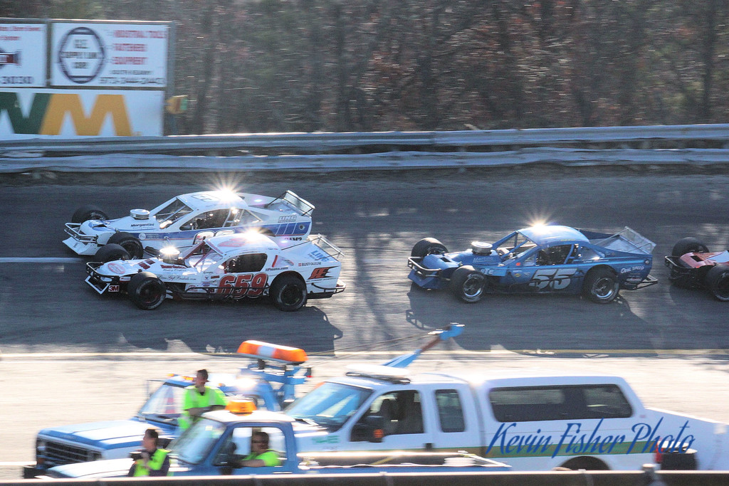 b) Tour Modifieds - Feature   034