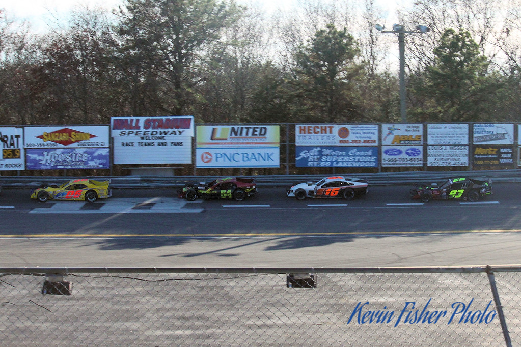b) Tour Modifieds - Feature   040
