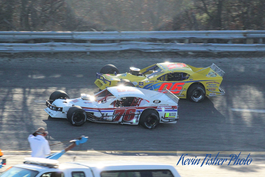b) Tour Modifieds - Feature   048