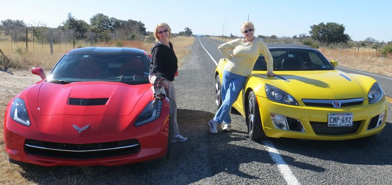 HOT QUEENS OF THE HOT CARS!