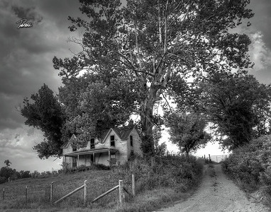 Item# 1122 (OLD HOUSE) KENTUCKY 2 (B&W)  11x14 copy