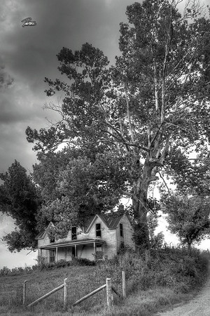 Item# 1074 (THIS OLD HOUSE) KENTUCKY  12X18 copy