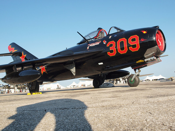 MIG-17 FIGHTER