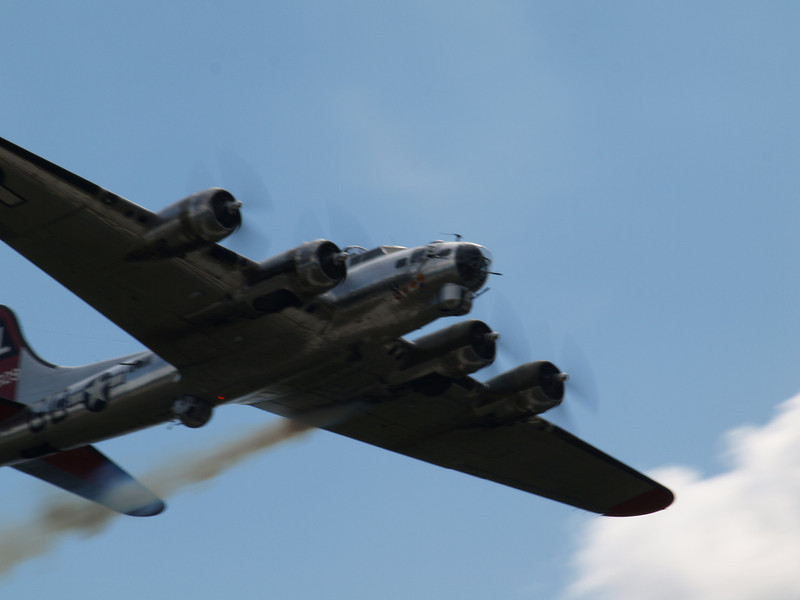 "B-17 'YANKEE LADY"""