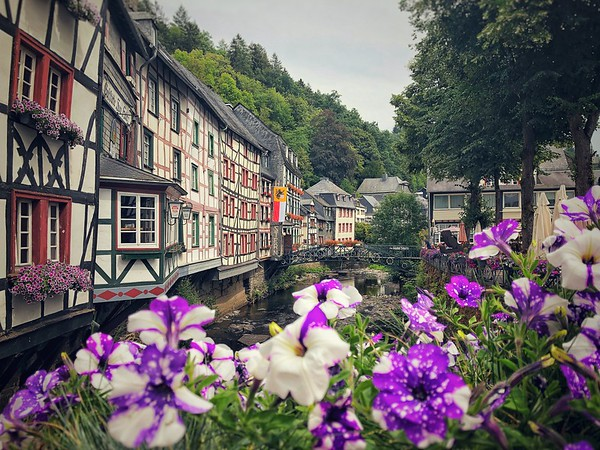 Monschau Creek