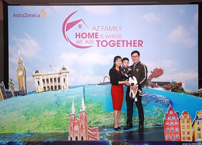 AstraZeneca Year End Party Photo Booth in Hanoi - Chụp ảnh lấy ngay Tiệc tất niên tại Hà Nội - WefieBox Photobooth Vietnam