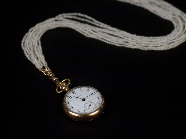Lynn - Pocket Watch Necklace