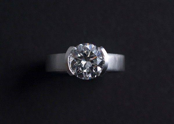 Corinne • Engagement Ring