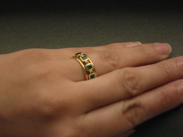 Lindsay •Engagement Ring and Wedding Bands