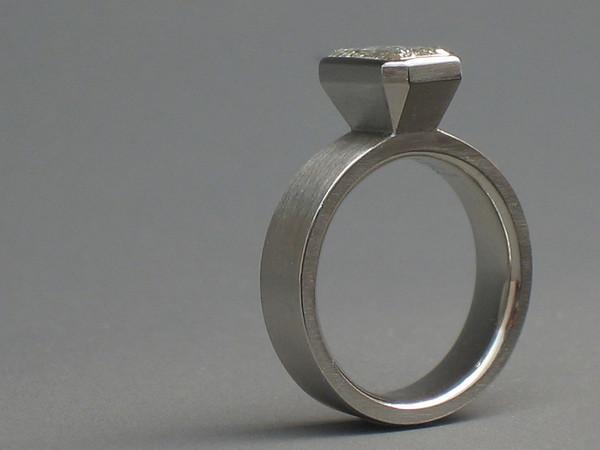 Sarah •Engagement Ring