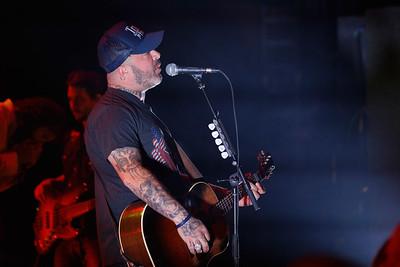 Aaron Lewis  live at Fillmore Detroit on 2-17-17.  Photo credit: Ken Settle