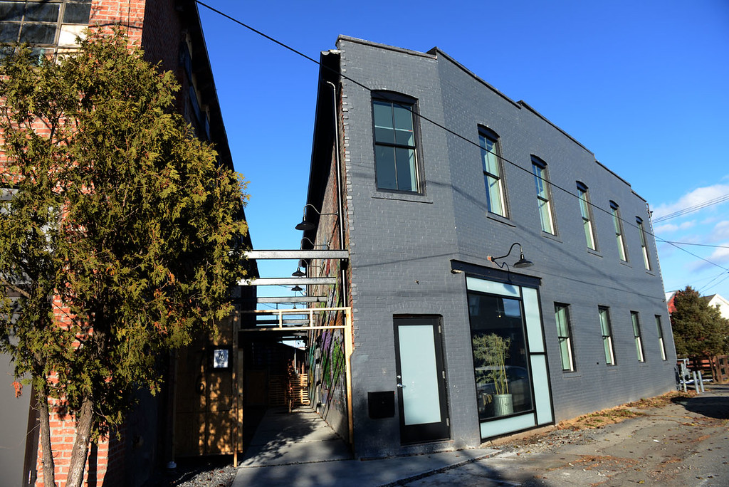. Tania Barricklo-Daily Freeman  Exterior of 76 Prince Street Studios