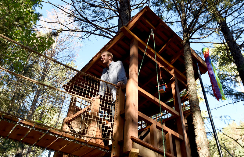 Aaron Smith Custom Treehouse Builder