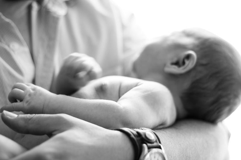Aaron, Zack and Lia Newborn B&W