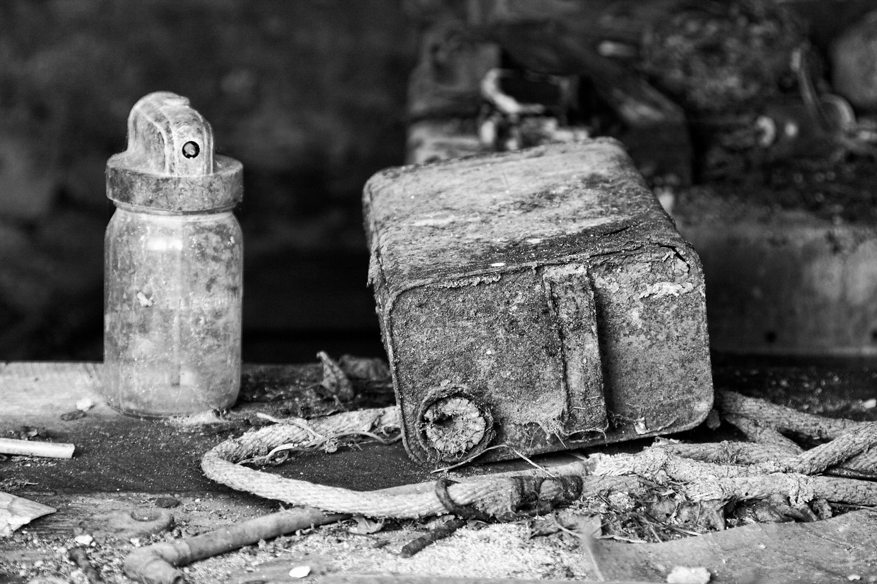 Corroding Containers