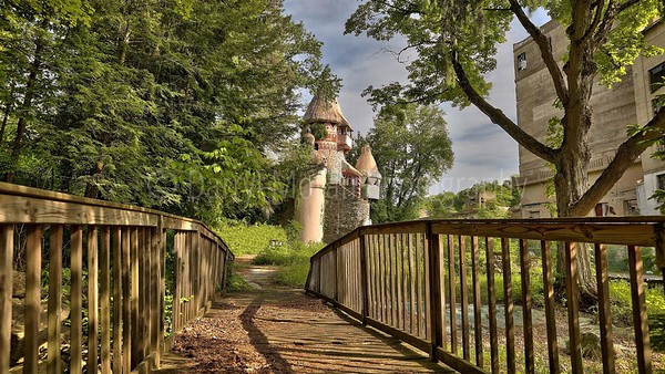 Abandoned Gingerbread Castle (35)