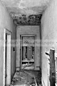 House_Old_0002-017_04x06_BW
