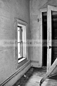 House_Old_0002-023_04x06_BW