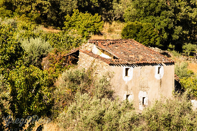 On the road through central Portugal we came upon this old dwelling
