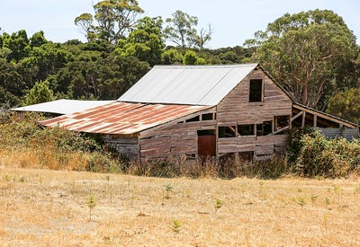 New roof for a degrading Shed , West Tamer , Tasmania.