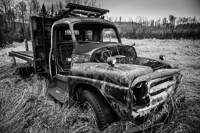 Abandoned Truck, near Dorion Ont.