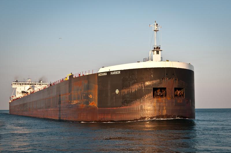 Indiana Harbor entering Duluth